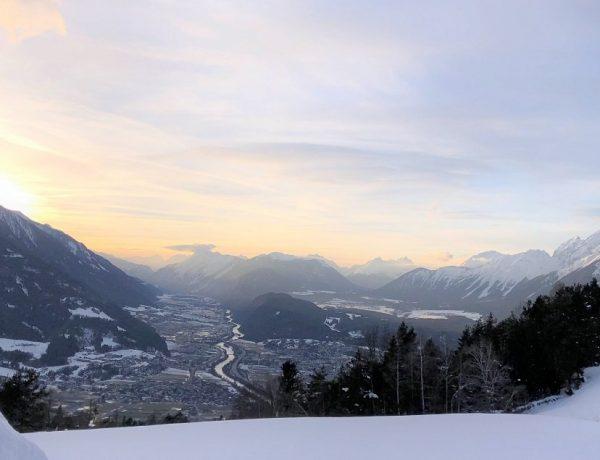 bergen in de sneeuw